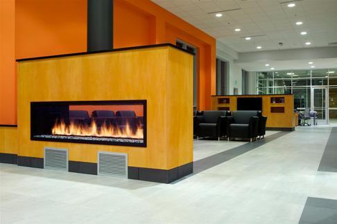 Service Center Lounge